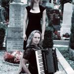 SCHMÄHTANDLER: Elisabeth Nelhiebel und Sigrid Gerlach-Waltenberger